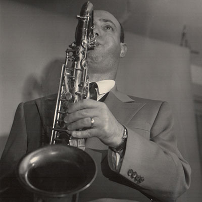 Barry Fleischer playing the saxophone