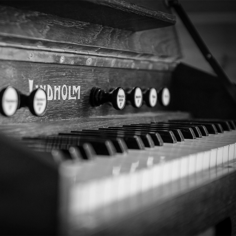 old black and white piano